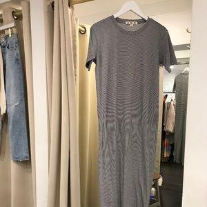 Amo T-Shirt Dress